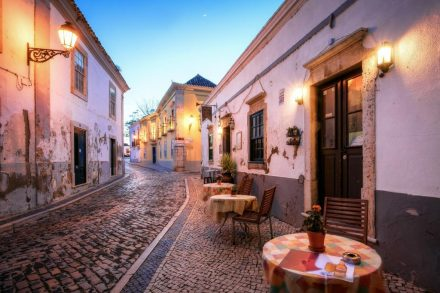 Real Living IN FARO, PORTUGAL